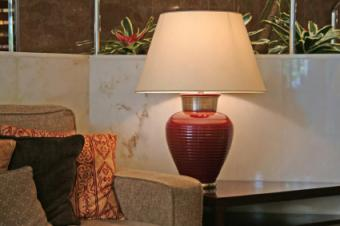 Chairside Table Lamp