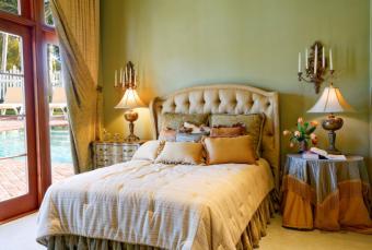 https://cf.ltkcdn.net/interiordesign/images/slide/163831-845x568-romanceb3.jpg