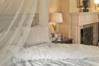 12 Romantic Bedroom Design Ideas to Fall in Love With