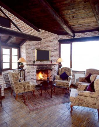 https://cf.ltkcdn.net/interiordesign/images/slide/167608-612x784-living-room.jpg
