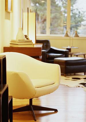 Yellow room decor
