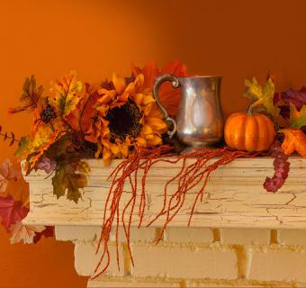 https://cf.ltkcdn.net/interiordesign/images/slide/189685-850x800-Thanksgiving-mantel-decorations.jpg
