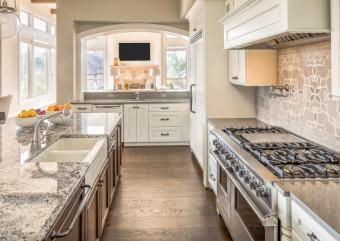 10 Must-Haves for a Luxury Kitchen