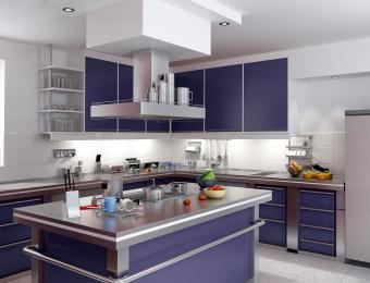 https://cf.ltkcdn.net/interiordesign/images/slide/203544-850x649-Navy-blue-kitchen.jpg