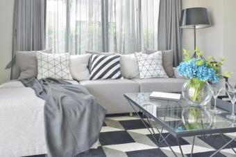 https://cf.ltkcdn.net/interiordesign/images/slide/233440-850x567-geometric-pattern-carpet.jpg