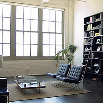 https://cf.ltkcdn.net/interiordesign/images/slide/234181-850x850-8-barcleona-chair-loft.jpg