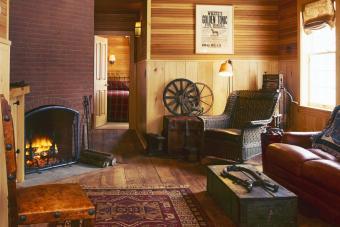 The Pitcher Inn: Western Room