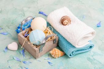 5 Aquatic-Themed Bathroom Ideas to Sail Away With