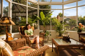 The Basics of Sunroom Decorating & Furnishing a Bright Space