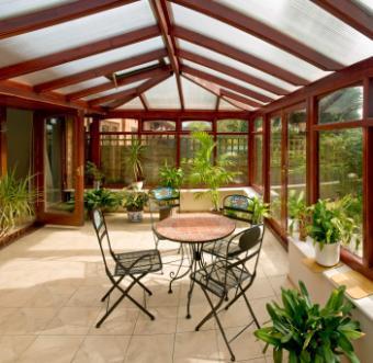 Sunroom-with-table.jpg