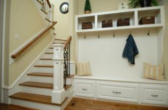 30 Bold Mud Room Designs & Features for Your Home
