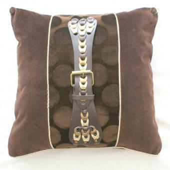 Luxe_and_found_pillow_brown_velvet1.JPG