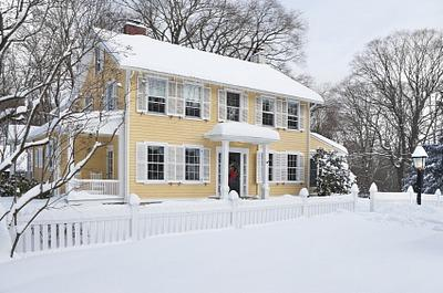 Colonial paint colors for historic homes lovetoknow - Historic colonial house plans paint ...