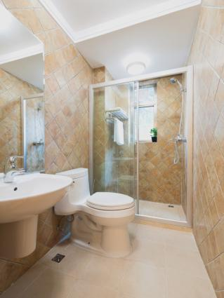 Interior Design Tips For Bathrooms Lovetoknow