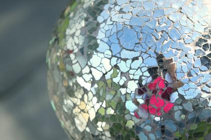mirrored gazing ball