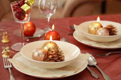 Intimate Christmas dinner setting