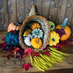 cornucopia table decoration