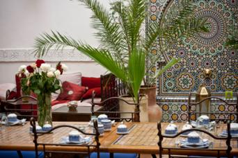 Moroccan dining room with tile work