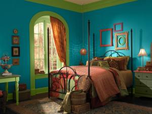 BEHR Paints Bohemian Chic Bedroom Design