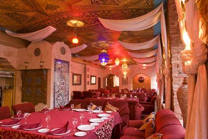 Décor Ideas for Indian Restaurants | LoveToKnow