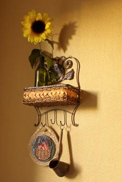 Shelf with sunflower
