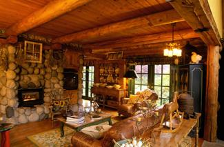 Cottage Interior Log Home