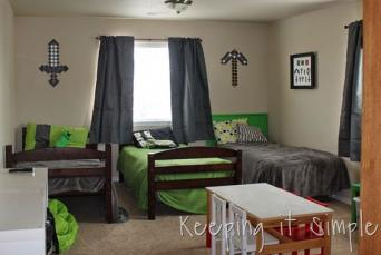 Decorating A Minecraft Themed Kids Room Lovetoknow