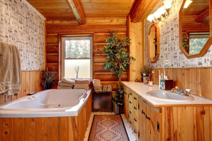 western style decor in bathroom