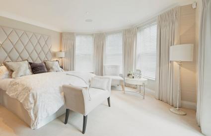 luxury apartment bedroom