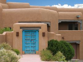 Santa fe interior design lovetoknow for Santa fe style house plans