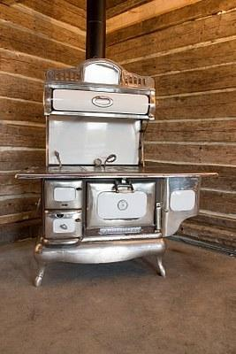 wood burning kitchen stove