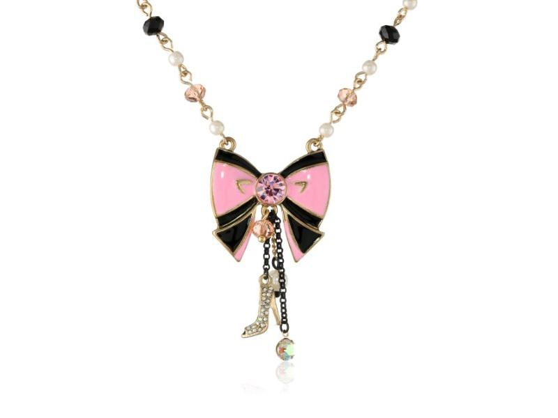 Betsey Johnson Jewelry Photos | LoveToKnow