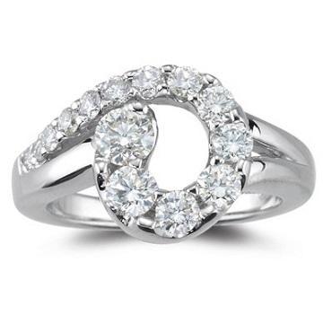 https://cf.ltkcdn.net/jewelry/images/slide/173657-370x370-diamond-journey-ring.jpg