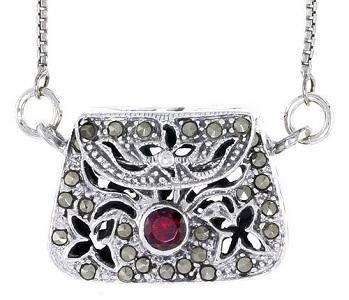 https://cf.ltkcdn.net/jewelry/images/slide/173707-349x300-purse-locket.jpg