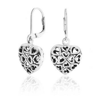 https://cf.ltkcdn.net/jewelry/images/slide/191847-350x350-hearts-earrings.jpg