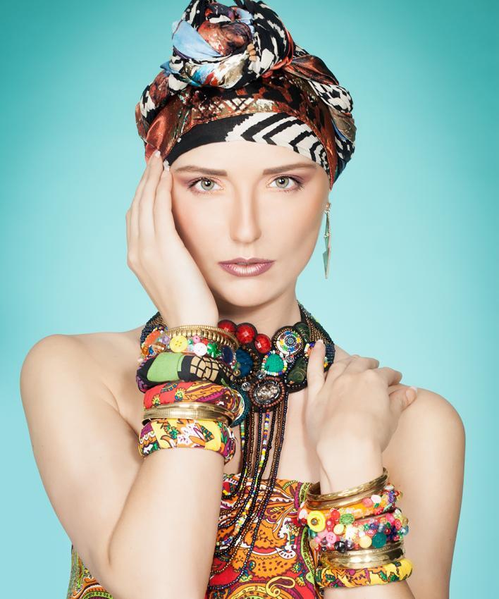 https://cf.ltkcdn.net/jewelry/images/slide/197263-708x850-bold6_braceletscrop.jpg