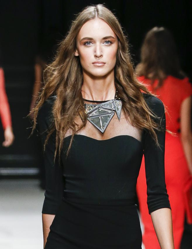 https://cf.ltkcdn.net/jewelry/images/slide/198619-657x850-dress4_convocrop.jpg