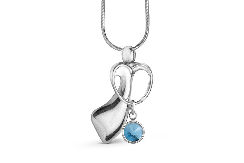 https://cf.ltkcdn.net/jewelry/images/slide/209405-850x566-Sterling-Silver-Mothers-Embrace-Charm-Necklace.jpg