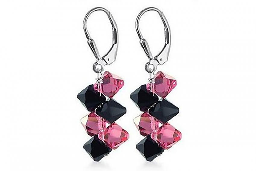 https://cf.ltkcdn.net/jewelry/images/slide/209575-850x567-Bold-Colors.jpg