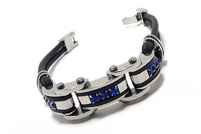 https://cf.ltkcdn.net/jewelry/images/slide/209755-850x567-Jeweled-bracelet.jpg