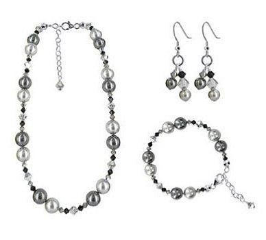 https://cf.ltkcdn.net/jewelry/images/slide/48084-388x350-50spearls10.jpg