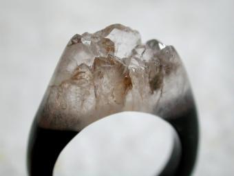 Nevada quartz ring
