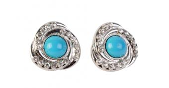 14 Cool Earring Styles (and Where to Get Them)