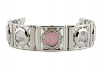 https://cf.ltkcdn.net/jewelry/images/slide/159966-849x565r1-silver-cuff-5.jpg