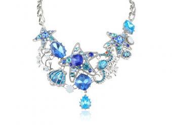 https://cf.ltkcdn.net/jewelry/images/slide/167829-800x600-BetseyJ-Starfish-Necklace-new.jpg