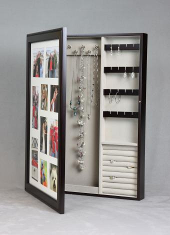 4 Jewelry Box Options: Keys to Picking the One