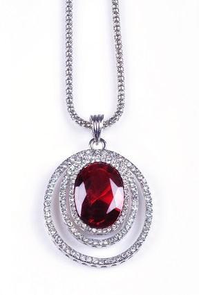 Gallery of 12 Unique Gemstone Lockets