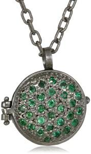 https://cf.ltkcdn.net/jewelry/images/slide/173433-178x300-locket-pave.jpg