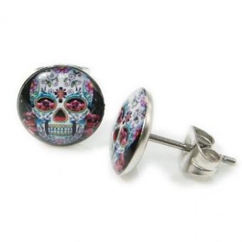 https://cf.ltkcdn.net/jewelry/images/slide/173638-350x350-skull-earrings.jpg
