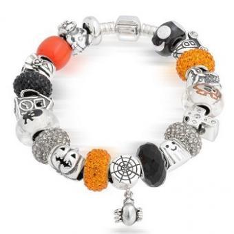 https://cf.ltkcdn.net/jewelry/images/slide/173639-350x350-halloween-charm-bracelet.jpg